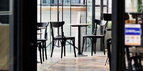 Jakie krzesła wybrać do naszej restauracji?