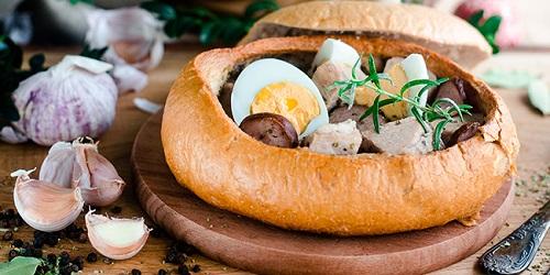 Żurek w chlebku- Tradycyjna Polska Kuchnia